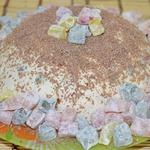Молочное желе с ягодами и печеньем