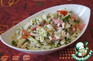 Рецепт Салат из свежих овощей с консервированным кальмаром