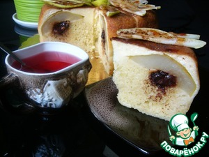 Рецепт Бисквитно-творожный пирог с грушами и шоколадом (в мультиварке)