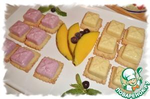 Рецепт Птифуры со смородиновым и манговым суфле