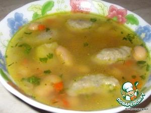 Рецепт: Фасолевый суп с грибными клецками