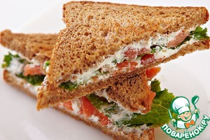 Рецепт: Сэндвичи с творогом и помидорами