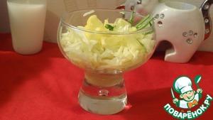 Рецепт Салат из сельдерея, капусты и яблок