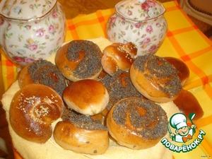 Рецепт: Сладкие сдобные булочки