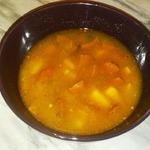Пикантный суп с фасолью и копчеными колбасками