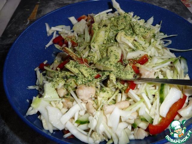Салат с мясом и свежей капустой рецепт с