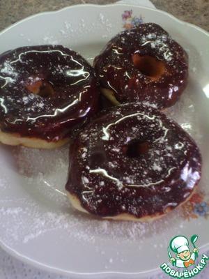 Рецепт: Пончики в шоколадной глазури