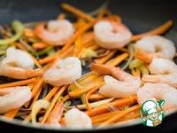 Лапша с креветками, овощами и арахисовым соусом ингредиенты