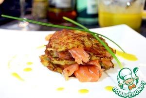 Рецепт Картофельные блинчики с соленым лососем и горчичным соусом