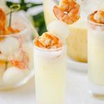 Суп из дыни с шампанским и креветками