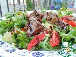 Рецепт Теплый салат с куриной печенью и овощами