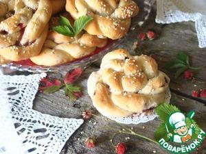 Рецепт Булочки с полевой клубникой