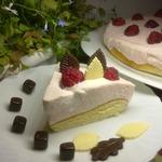 Простой торт малина со сливками