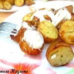Печеный картофель с соусом по-испански