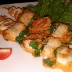 Шашлык (кебаб) из морепродуктов в орехово-томатном соусе