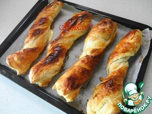 Рецепт Завертоны из слоеного теста с маринованным куриным филе