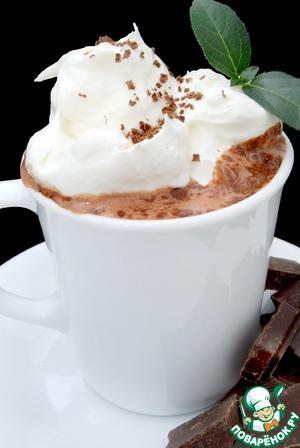 Рецепт Кофе с мятным сиропом и шоколадной крошкой