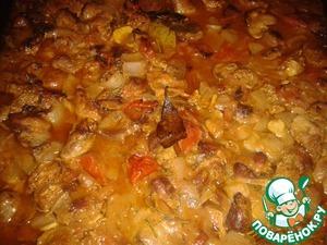 Куриные потрошка с помидорами и розмарином в духовке