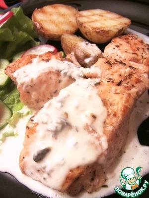 Рецепт Сёмга и картофель-гриль с соусом из голубого сыра и сливок