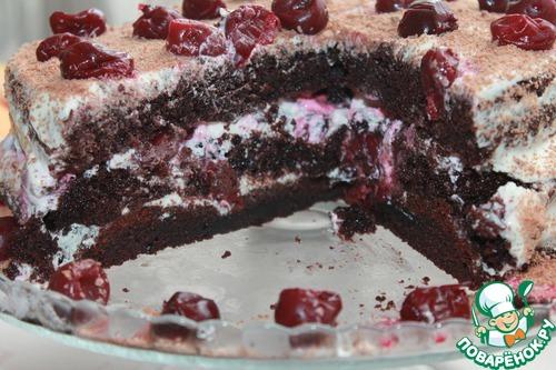 Шоколадный торт с вишней с маскарпоне