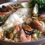 Паэлья с зубаткой и морепродуктами