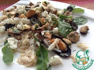 Рецепт Теплый салат с рисом и морским коктейлем
