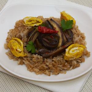 Рецепт Жареный рис с баклажанами по-сычуаньски