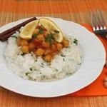 Нутовый карри с кокосовым рисом