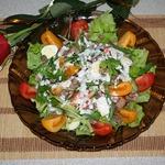 Салат из говяжьего языка и перепелиных яиц