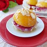 Фруктовый десерт Печеный персик