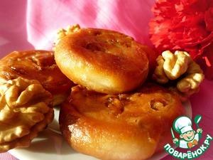 Рецепт: Печенье в сахарном сиропе с грецким орехом