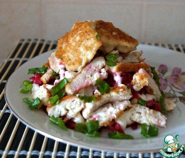 Салат с курицей и жареным картофелем новые фото