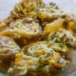 Гусарики в горшочках в сметанно-грибном соусе