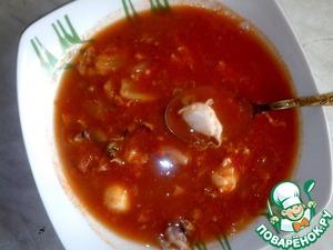 Рецепт Томатный суп с морским коктейлем