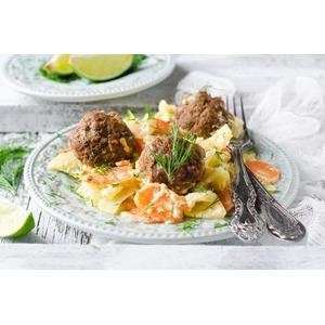 Фрикадельки с адыгейским сыром и овощами в мультиварке