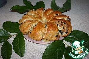 Рецепт Пирог-рулет с миндалем и сухофруктами