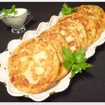 Картофельные лепешки со шпинатно-чесночной начинкой