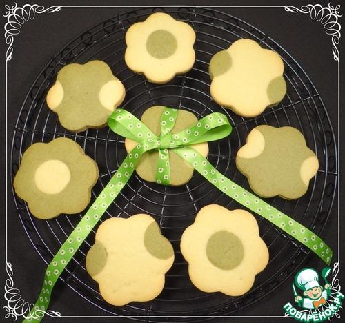 Песочное печенье с чаем матча