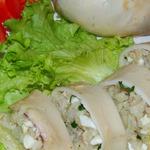 Кальмары, фаршированные печенью трески, на пару