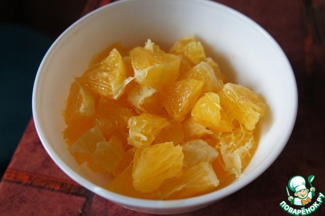 сельдь с яблоками, апельсинами и сметаной