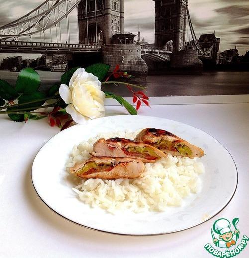 Рецепт с фото Жареная куриная грудка, фаршированная пореем и томатом #5