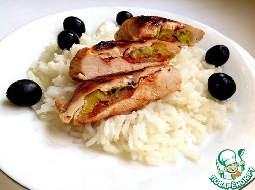 Рецепт с фото Жареная куриная грудка, фаршированная пореем и томатом #6