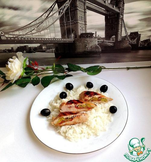 Рецепт с фото Жареная куриная грудка, фаршированная пореем и томатом #7