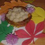 Мясное лукошко с луковыми колечками
