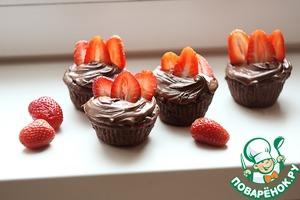 Рецепт Шоколадные капкейки с клубникой