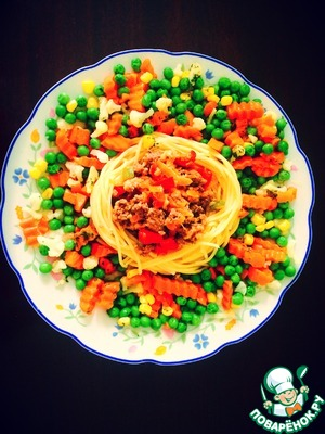 Рецепт Гнездo из макарон с фаршем и овощами