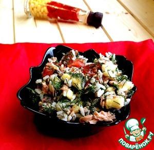 Рецепт Салат из тунца с помидорами и бананом