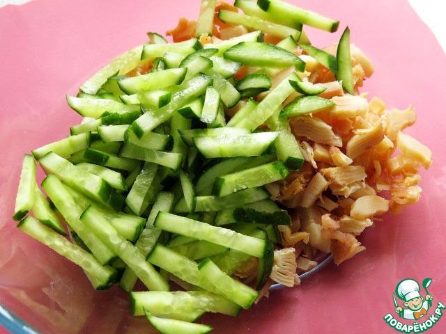 салат из копченых кальмаров. рецепт