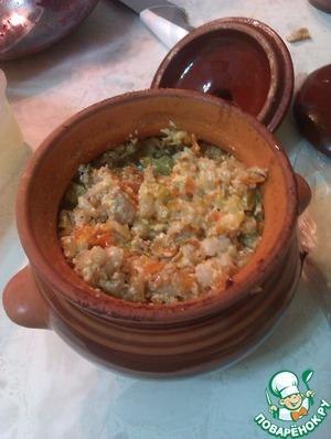 Рецепт Перловая каша с мясом в горшочках
