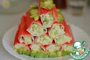 Рецепт Крабовые палочки, фаршированные рисом и авокадо